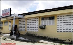 Homem invade Hospital Regional Lindolfo Gomes Vidal e quebra a vidraça da farmácia