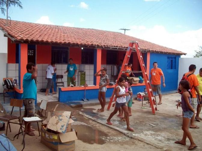 'O Dia do Bem Fazer' leva Alpargatas a comunidade de Lagoa da Cobra