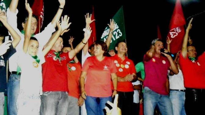 Coligação 'O Povo no Poder' recebeu Fátima Bezerra nesta terça-feira (25)